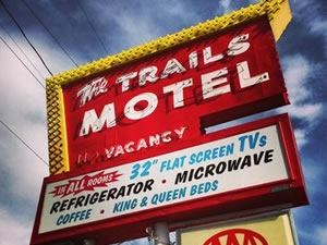 Lone PIne trails motel
